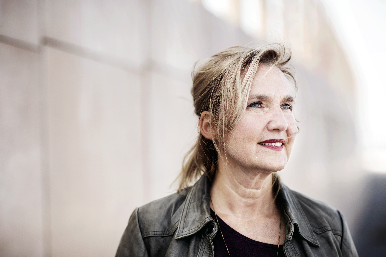 Host Jellie Brouwer - Foto door Harmen de Jong